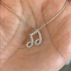 "Jewelry - Music note Necklace 16"" to 18"" chain"